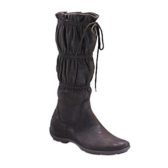 Women's ruffled boots