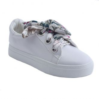 Women's sneakers with satin ribbon